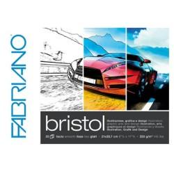 Fabriano Bristol, blocco collato 1 lato, 20 fogli, cm 21x29,7, grana liscia, 250gr/mq